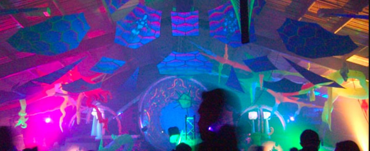 LSD-Trip in die Ewigkeit – Gedanken eines Hängengebliebenen